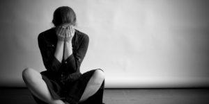 Depressão catatônica: Sintomas, Causas e tratamentos